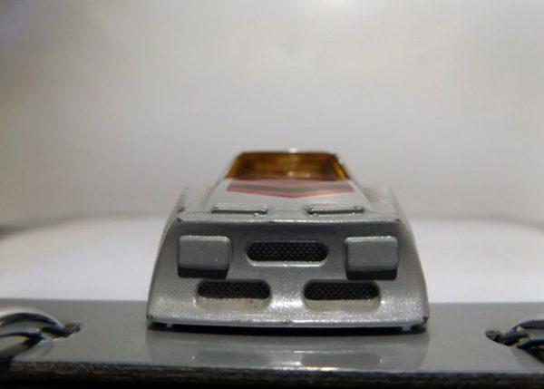 COCHE MATCHBOX MX-AMX-PRO-STOCKER DE 1983 A ESCALA 1/64. VISTA FRONTAL.